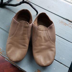 Capezio caramel size 3m jazz shoe